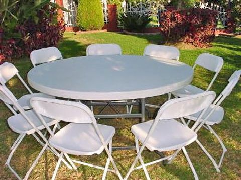 http://www.partyrentalinmiamiflorida.com/Images/chairtables_round_table.jpg